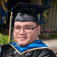 Franklin Burgos receives scholarship