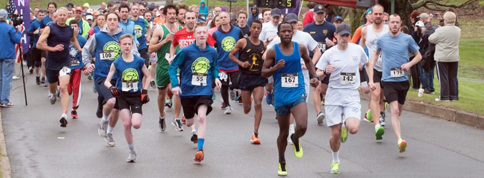 Over a hundred runners starting the race, of the Calmous Classic 5k event